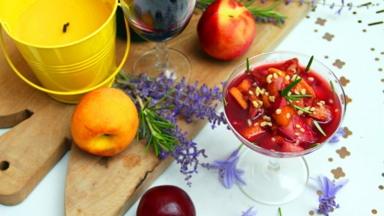 Nectarine, Rosemary & Red Wine Cups