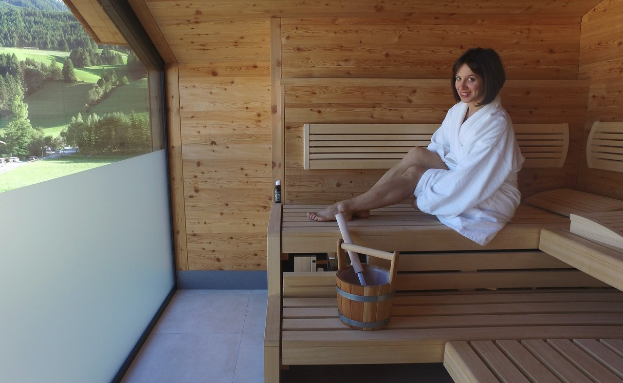 Ambra-in-room-Sauna