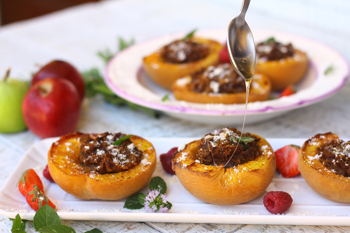 paleo-baked-stuffed-peaches