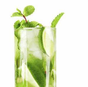 muddled apple mojito - AIP approved drinks