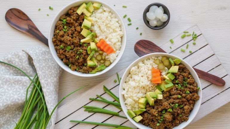Korean Beef Cauliflower Rice Bowls (Paleo, AIP, Whole 30)