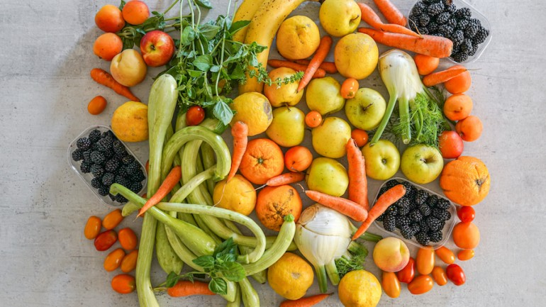 8 Tips to Start Eating More Vegetables Right Now!